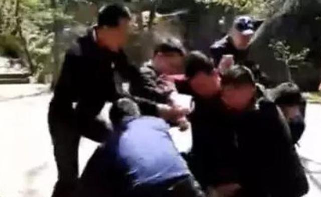 黑龙江前特种兵杀死女友后切腹自杀失败|组图