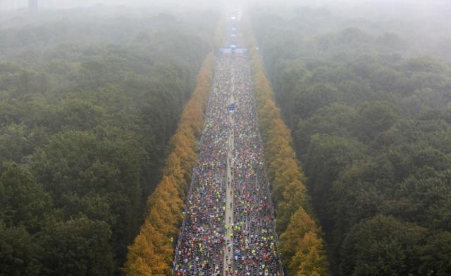 雾中马拉松丨现场图