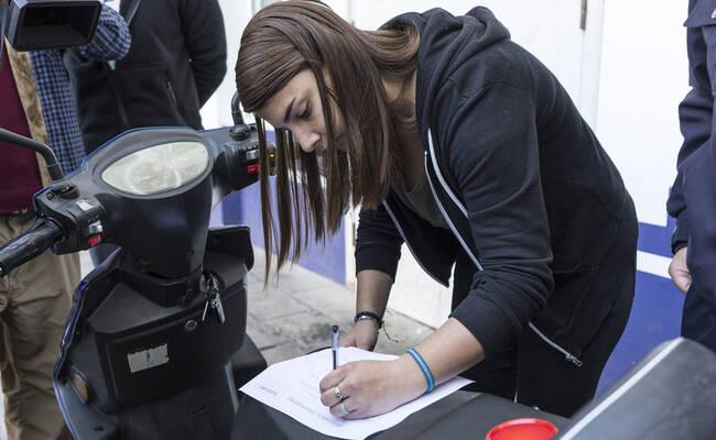 法籍留学生电单车被偷 警察24小时内寻回