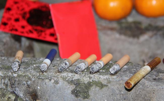 广东:禁止游客带香烛上山之后