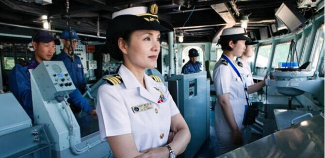 她打破海自舰长男性垄断 统帅大驱领导210名男兵