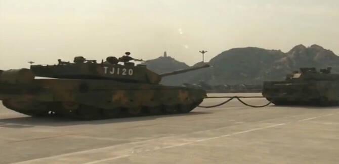 央视揭秘99A坦克可靠性较差 阅兵彩排时多次抛锚