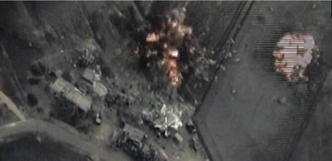 俄罗斯公布空袭IS画面 至少打死30名恐怖分子