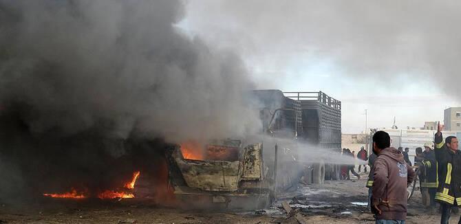 """俄战机空袭土耳其""""援助""""车队 7死10伤现场狼藉"""