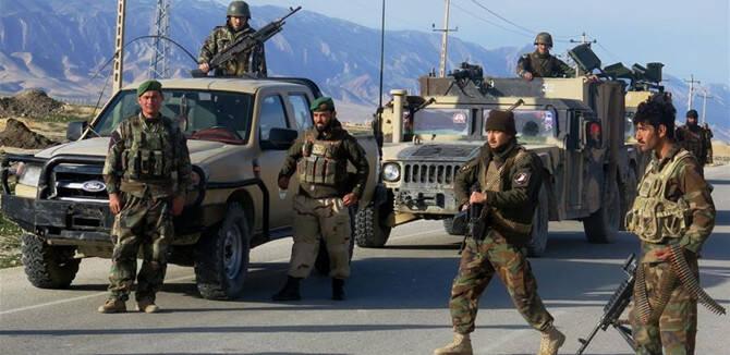 恐怖且防不胜防!阿富汗军队又被自杀炸弹炸了