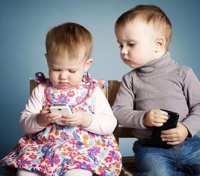 造iPhone的人也不让自家孩子玩手机,但我们还在玩