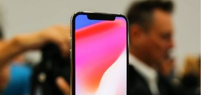 """越南黑科技!""""假脸""""解锁iPhone X"""