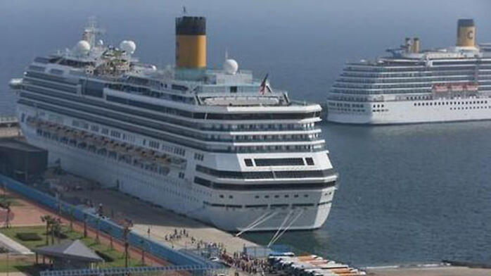 3400名中国游客在韩国济州岛拒下邮轮