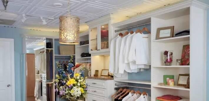 50㎡的房子也能装的豪华衣帽间
