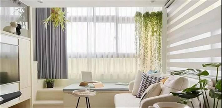 阳台和客厅打通后,如何挂窗帘?
