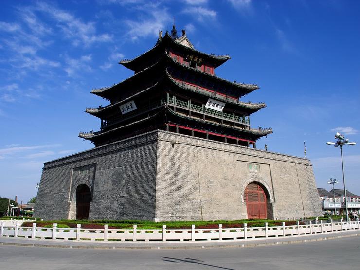 图为原平原省归入山东的聊城市光岳楼。聊城是我国历史文化名城,也曾是明清时期京杭大运河沿岸的九大商都之