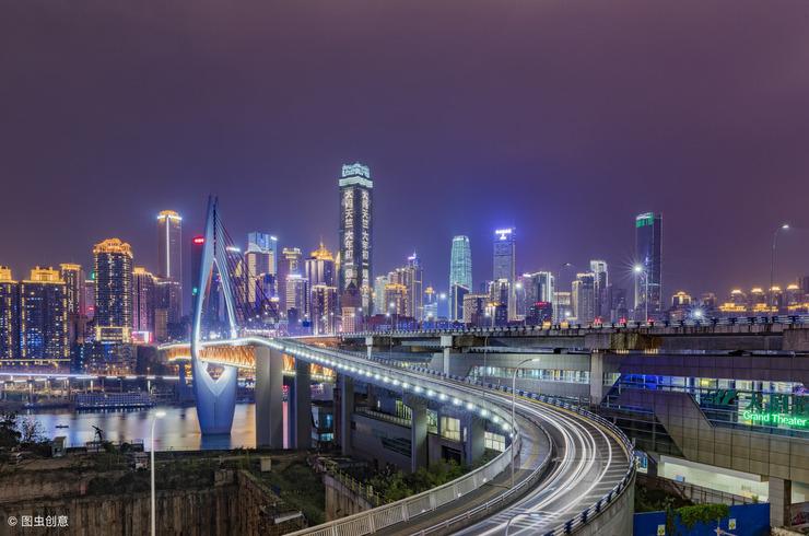 经济总量2万亿城市_万亿gdp城市地图