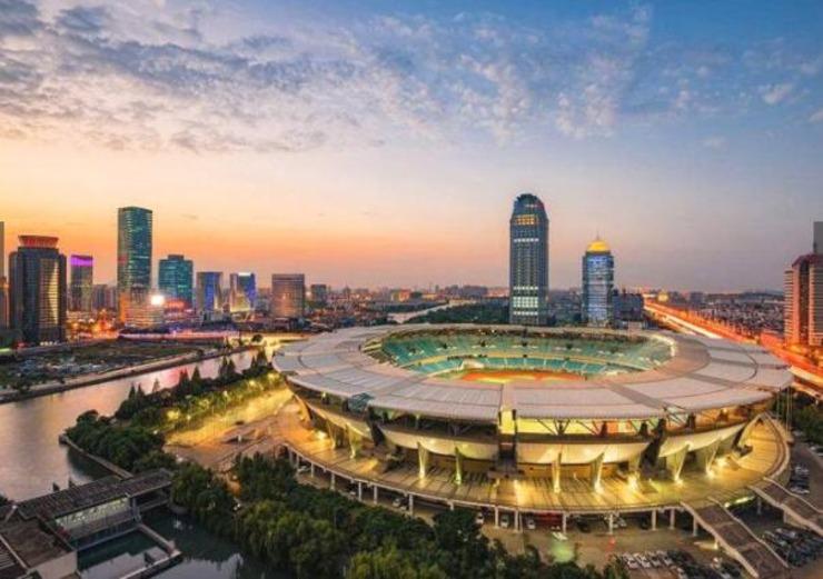 3、苏州,江苏省地级市,长江三角洲城市群重要的中心城市之一,是江苏长江经济带重要组成部分。2016年