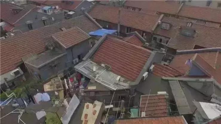 牛设计师将上海12㎡老宅爆改成3层豪宅 户主看