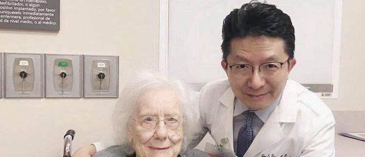 张玉蛟:从云南学霸到世界癌症名医