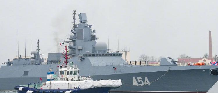 多国海军军舰抵达青岛