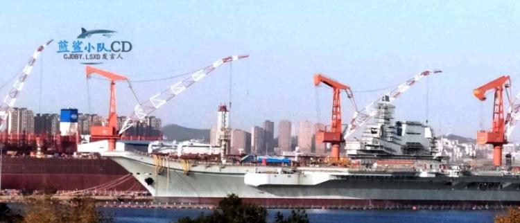 国产航母加装改进型相控阵雷达