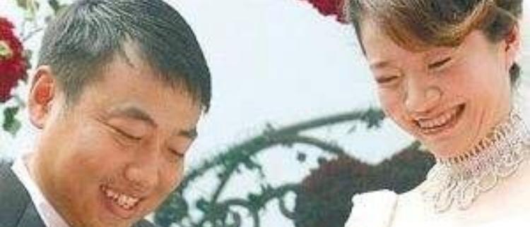 不忘国乒!刘国梁结婚12周年这么庆祝