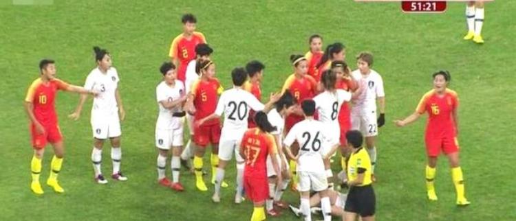 韩国队输球又输人!王霜被下黑脚
