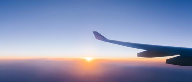 宠儿的黑白面:波音737飞机的50年与4天
