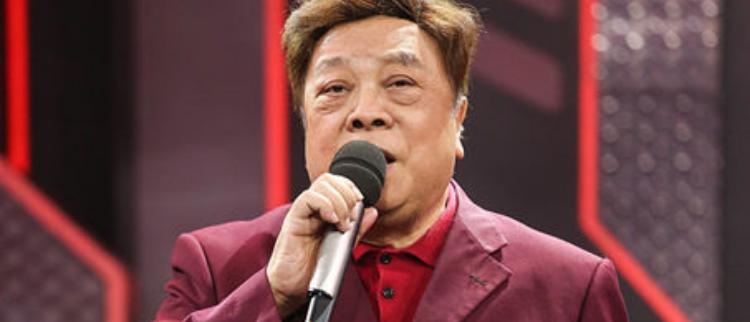 76岁赵忠祥惊喜现身