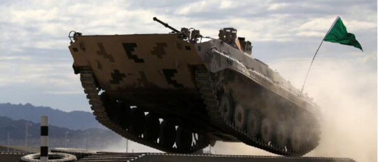 让战车飞一会!中国86A备战苏沃洛夫突击