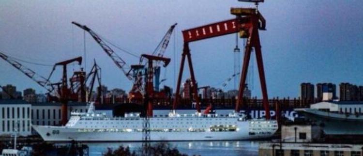 """新""""航母保姆""""舰已和国产航母汇合"""