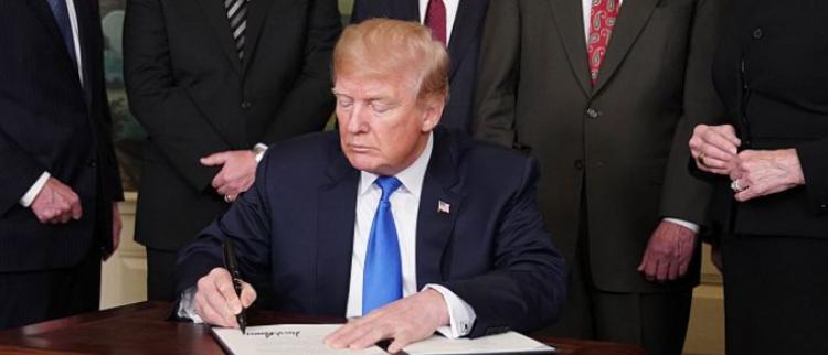特朗普对中国打响贸易战第一枪