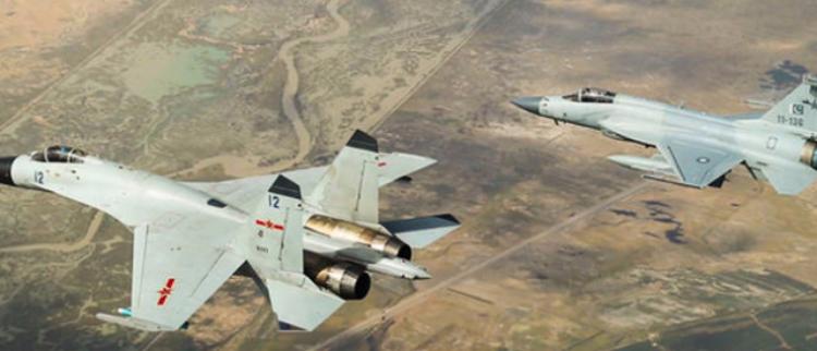 中巴对抗训练:飞行员互换战机