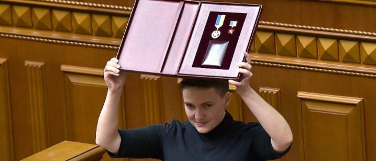 """乌克兰""""女英雄""""涉恐袭被捕"""