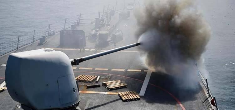 美军宙斯盾舰在南海开火画面