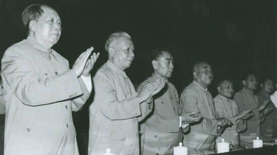 毛泽东拟接班人真相:为何选定华国锋