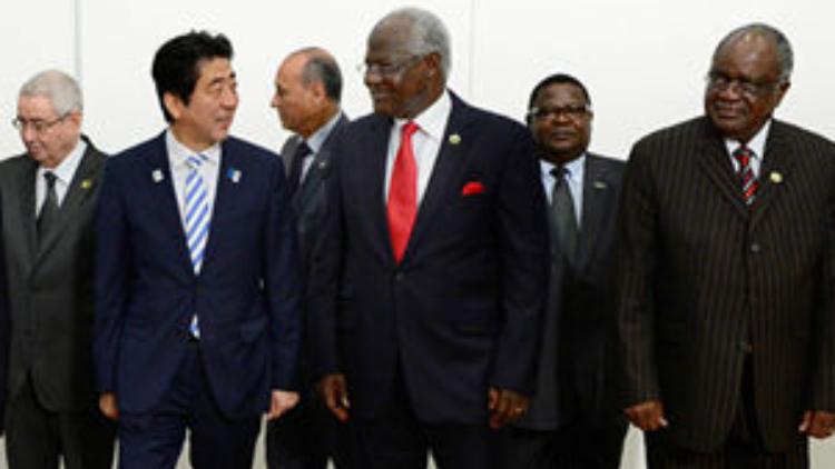安倍不慎说漏嘴 日对非洲援助竟是这样