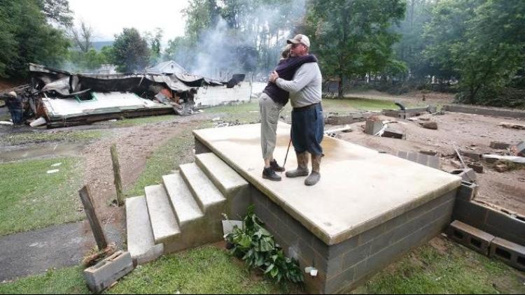 美国西弗吉尼亚特大洪水 20人死亡