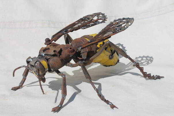 英国版神笔马良 他用废金属造了一堆动物