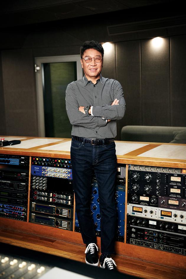 李秀满担任抗疫公演总导演 参与制作主题曲及舞台