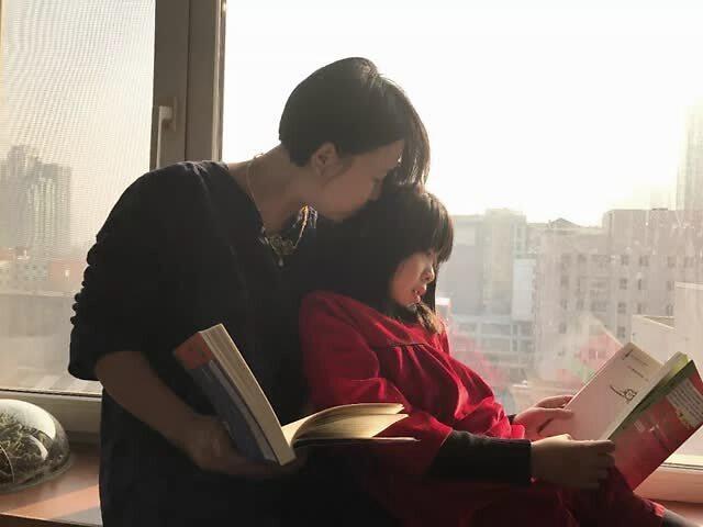 """童书妈妈三川玲:成为母亲""""救了我一命"""""""