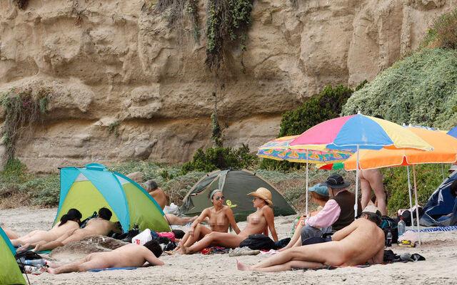 """走进""""赤诚相见""""的智利天体海滩"""