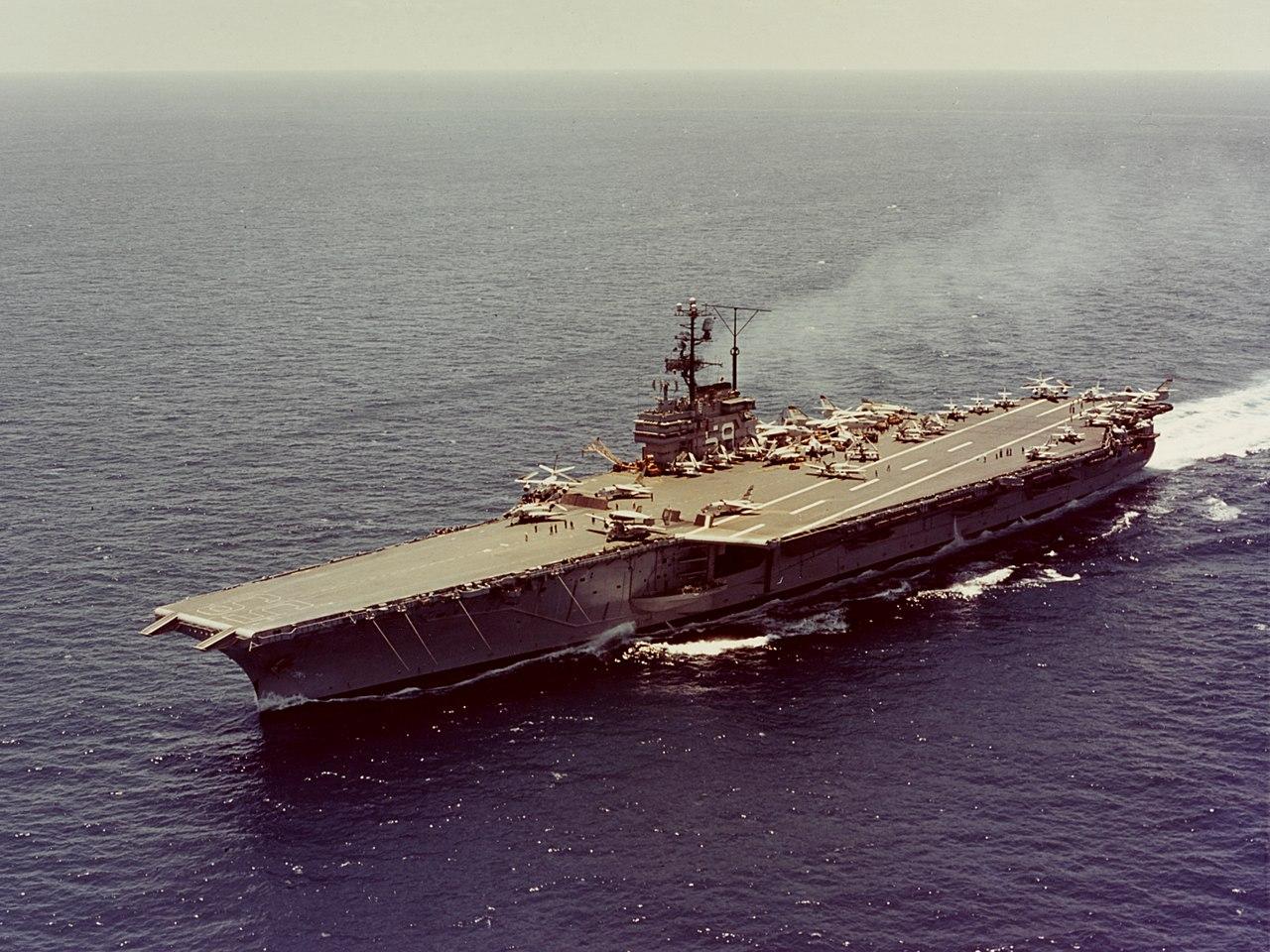 偷袭珍珠港美国损失_日本偷袭珍珠港时为何不见美国航母?恰巧出任务,但也可能是 ...