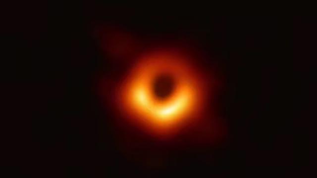 4分钟短视频全面解读人类首张黑洞照片:长啥样?有啥用?