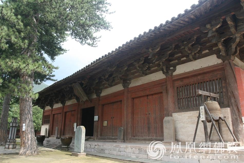 五台山有十大著名寺院 它位居榜首