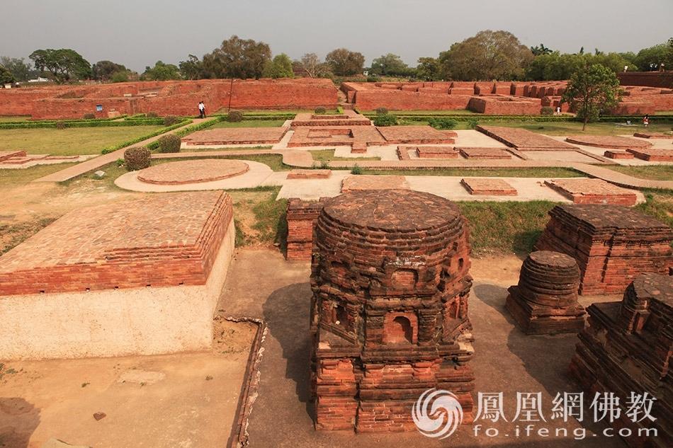 实拍世界上第一所佛教大学 很多高僧都在这里学习过