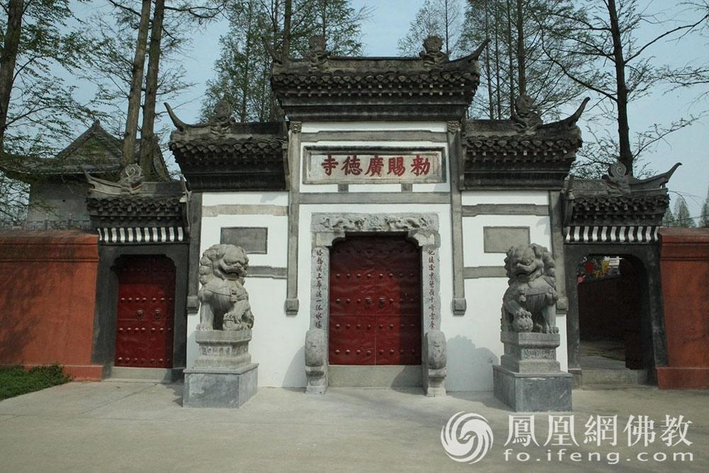 这种建筑风格的佛塔中国仅此一座