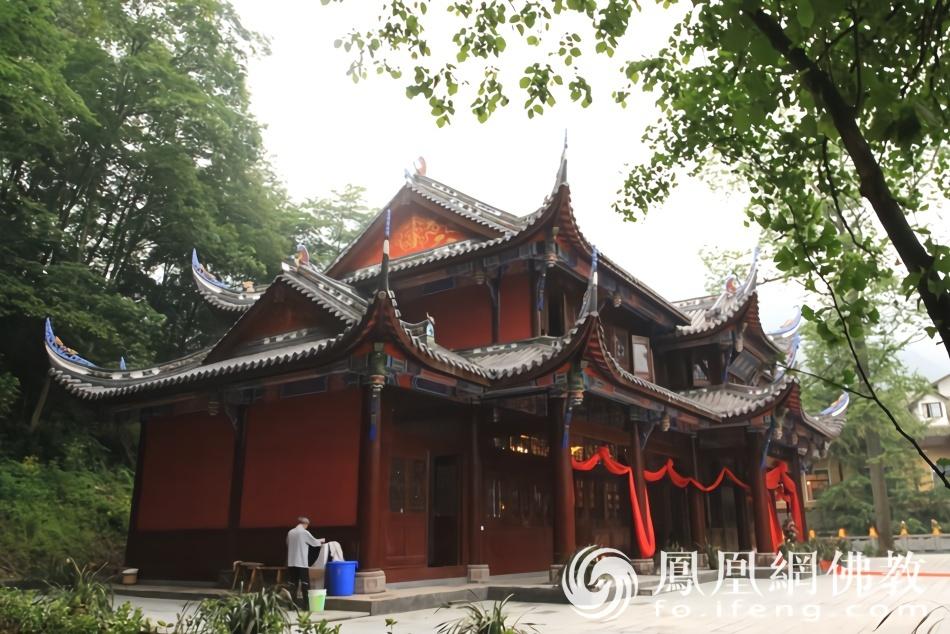 青城山历史最悠久的寺院 汶川地震时几近全毁