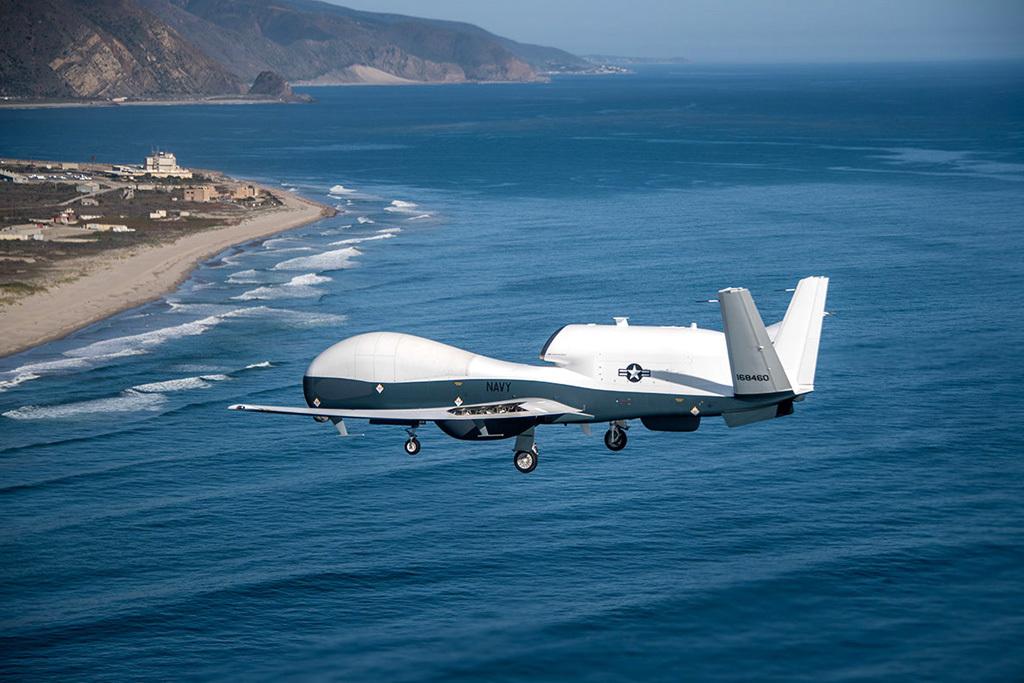 机载有源相控阵雷达_当年南海撞机的美国EP-3侦察机,将被MQ-4C无人机淘汰_凤凰网军事 ...