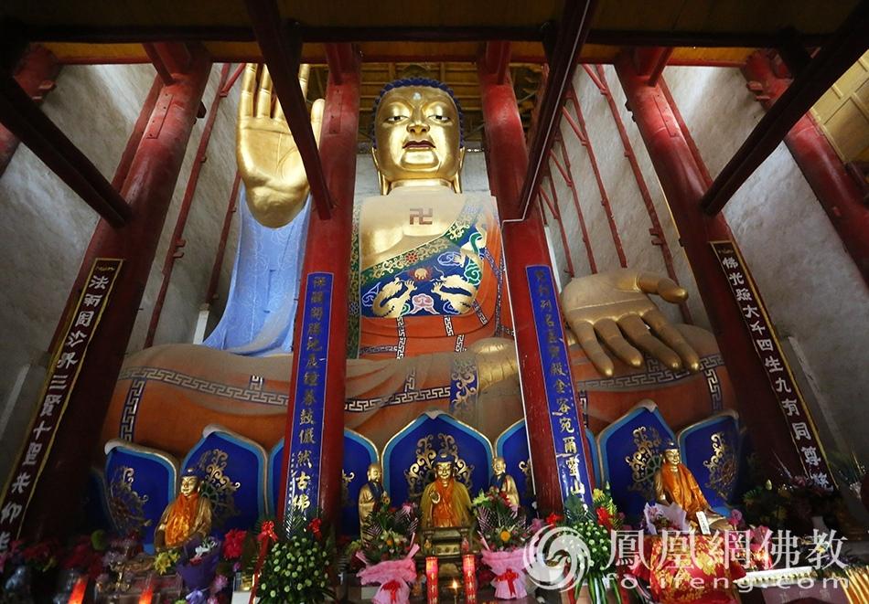 耗资1700多万重建的千年佛寺 拥有天下第一佛