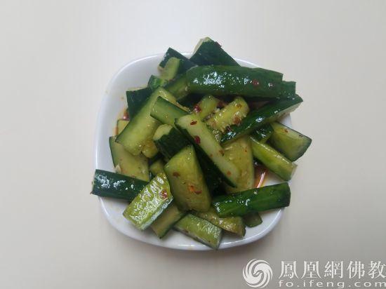 黄瓜竟有这么多功能!早知道每天吃一根了