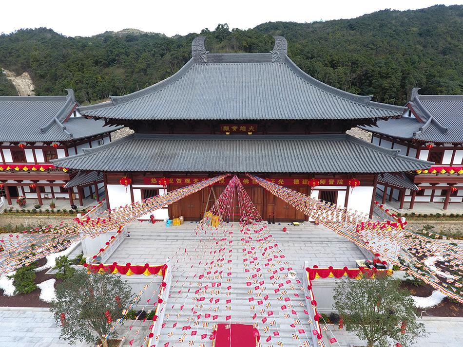 大美观天寺:莲花怀抱中的清净梵刹
