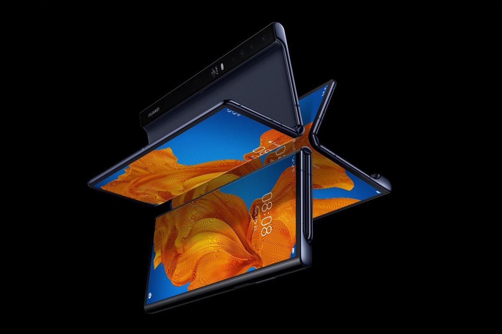 华为MateXs折叠屏手机国行价格公布;黑鲨3安兔兔跑分突破62万