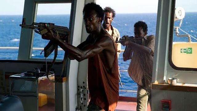一年被劫2次,印度海军成海盗眼中的凯子?海盗:老子专抢印度人